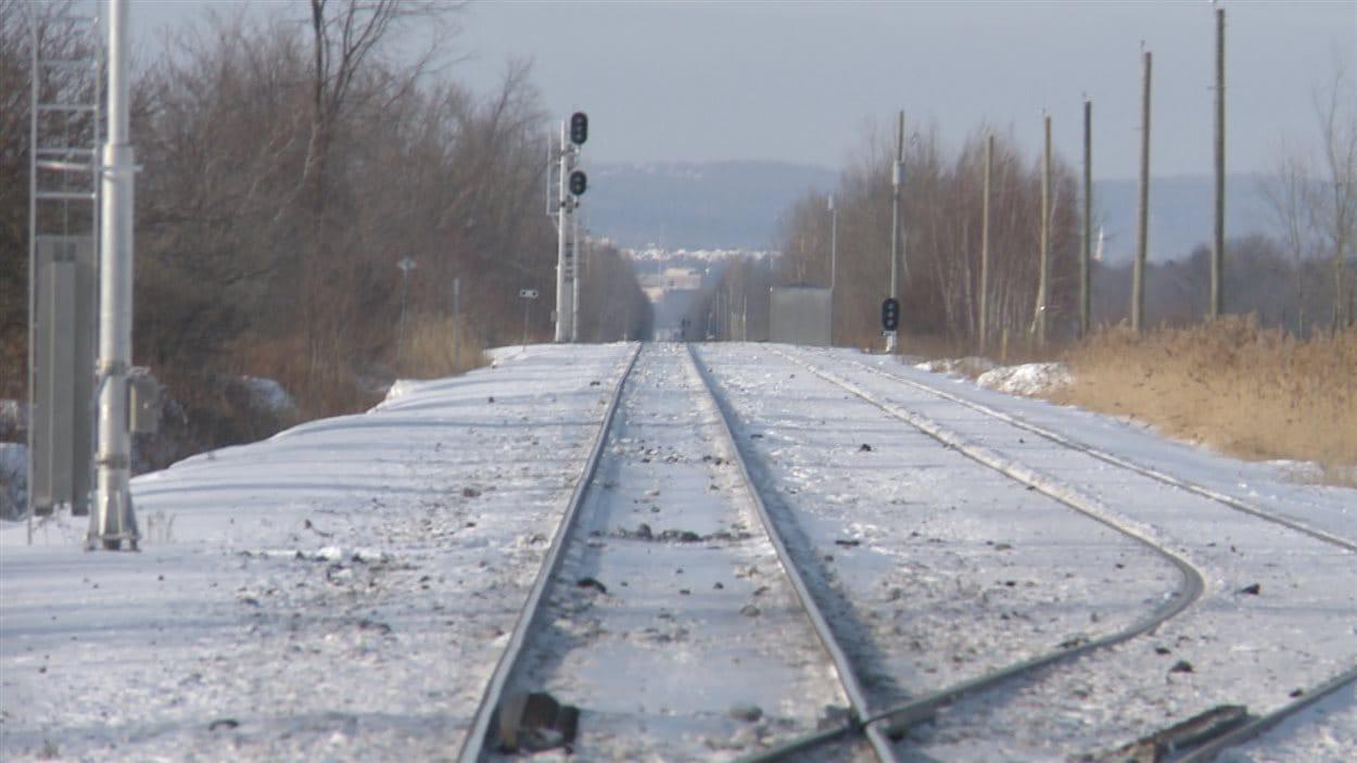La ville de Mirabel reprend le collier et demande l'aménagement d'une gare de train de banlieue sur son territoire.