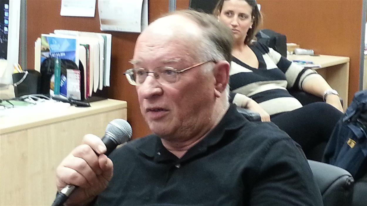 « Des observations sont correctes mais c'est à nous de faire le changement et de choisir notre gouvernement » -- Walter Kleinschmidt, participant
