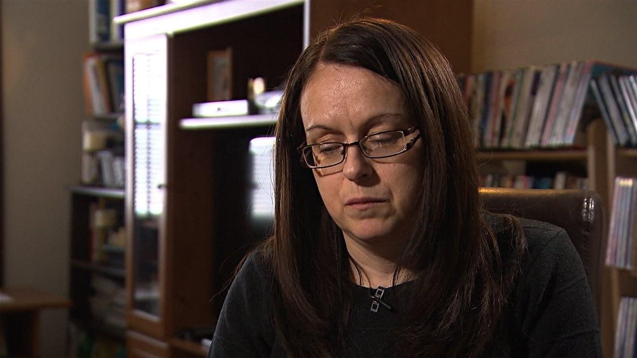 Carole Thomas reproche au Service de police de Longueuil de n'avoir assuré un suivi adéquat à la suite de sa déclaration.