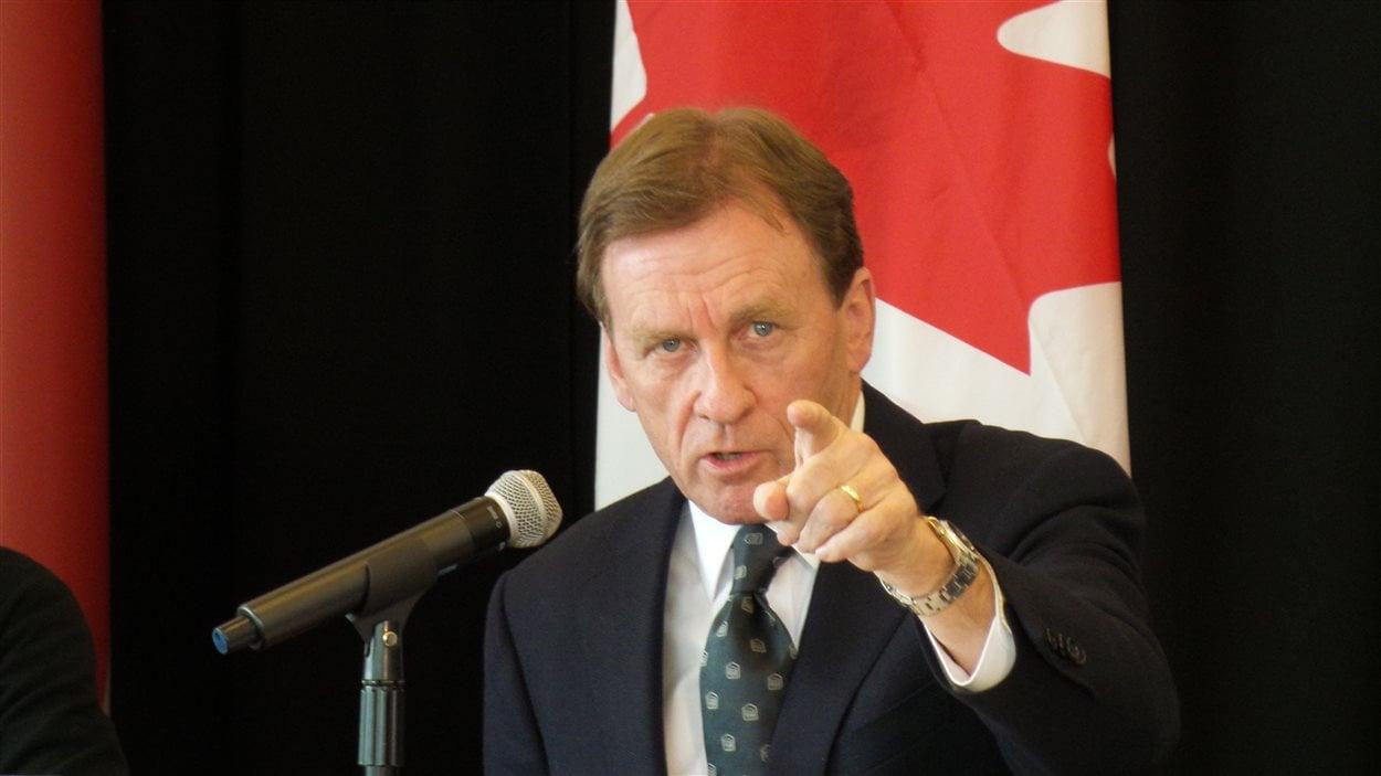 La proposition d'une nouvelle université franco-ontarienne n'est pas nécessaire, selon le recteur de l'Université d'Ottawa Allan Rock.