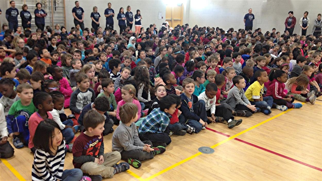 Inauguration de l'École de l'Amérique-Française (CSPO), dans le secteur d'Aylmer, à Gatineau. (16-02-15)
