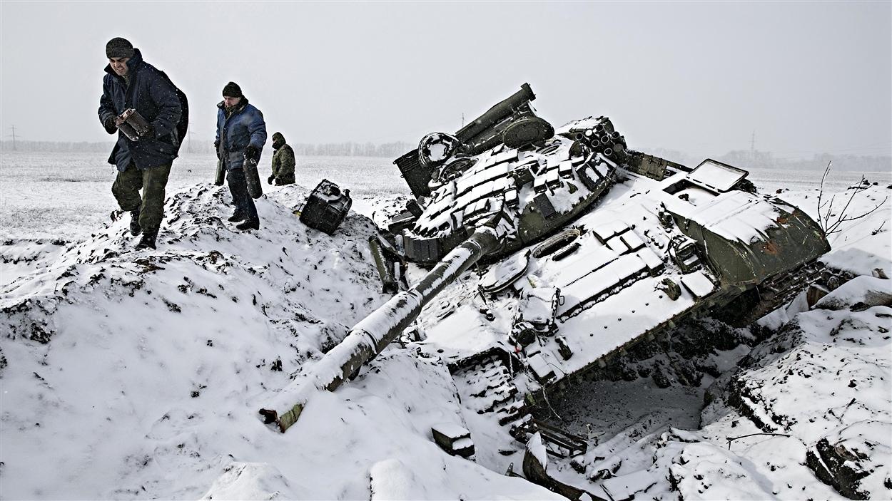 Des séparatistes prorusses près de Debaltseve