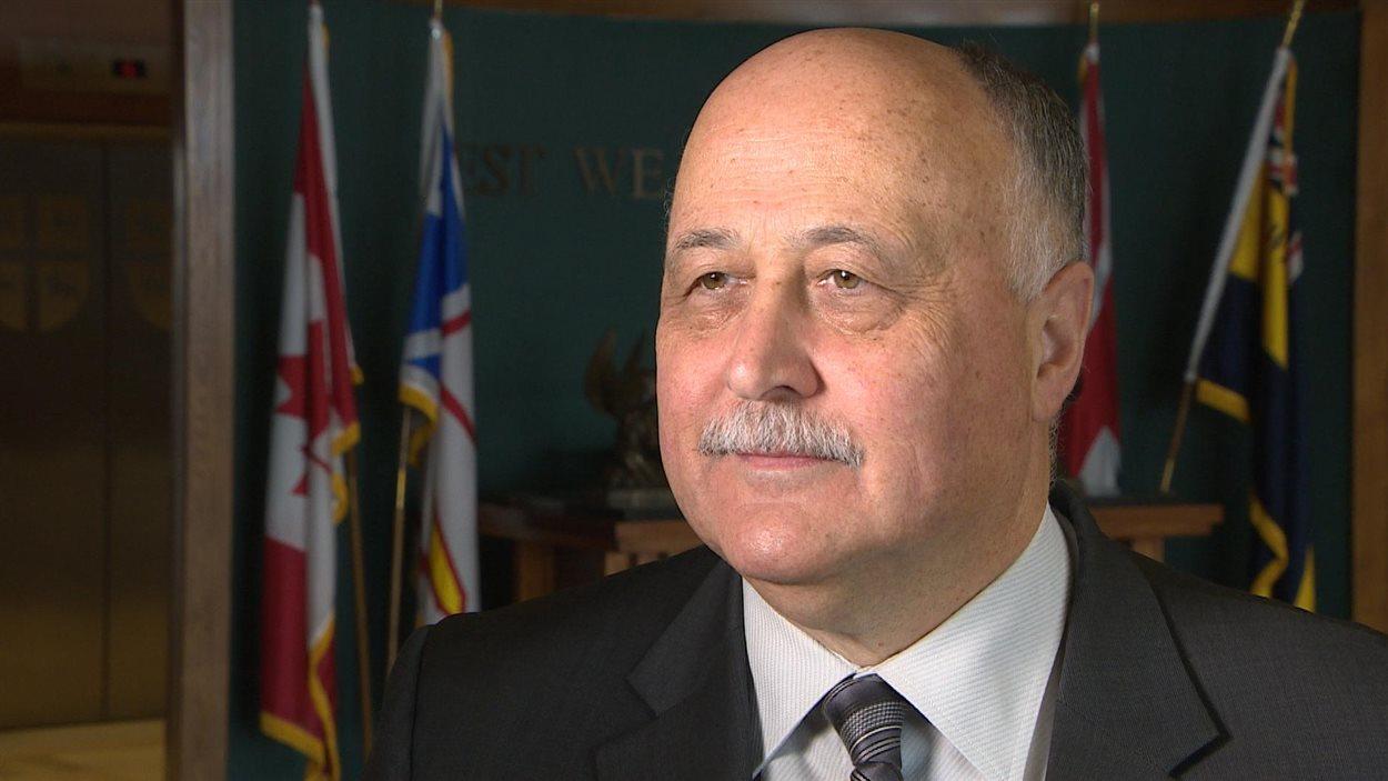 Le ministre des Finances de T.-N.-L, Ross Wiseman