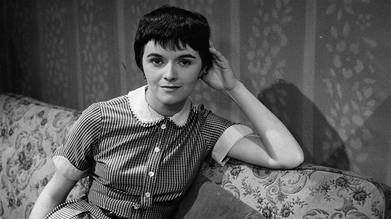 La comédienne Louise Rémy en 1958.