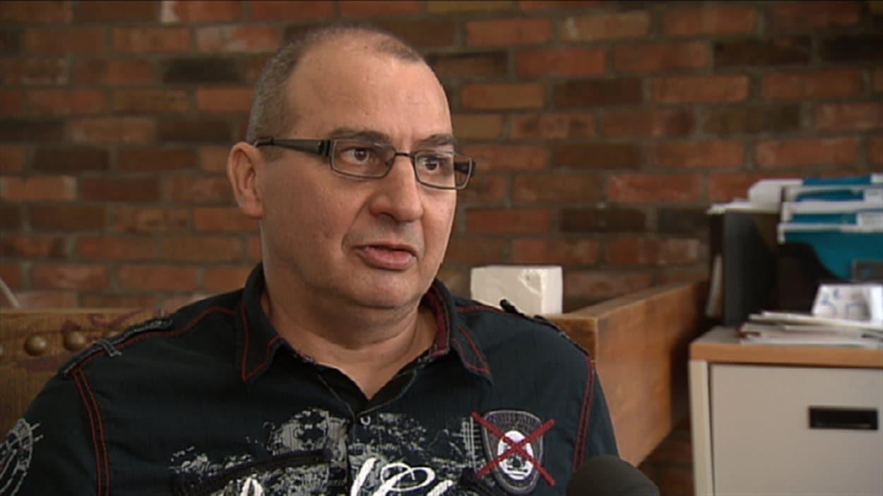 Paul Poulin, quia perdu son emploi en raison d'une dépendance à l'alcool et aux drogues