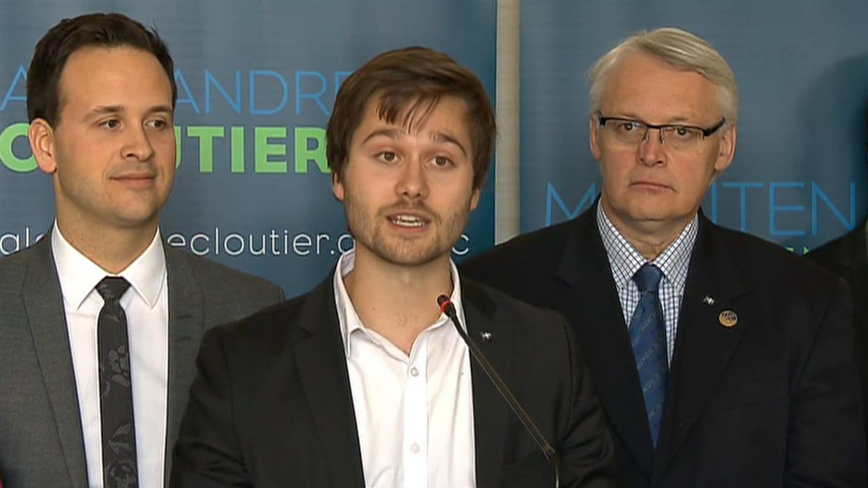 Léo Bureau-Blouin en compagnie d'Alexandre Cloutier, le 26 février