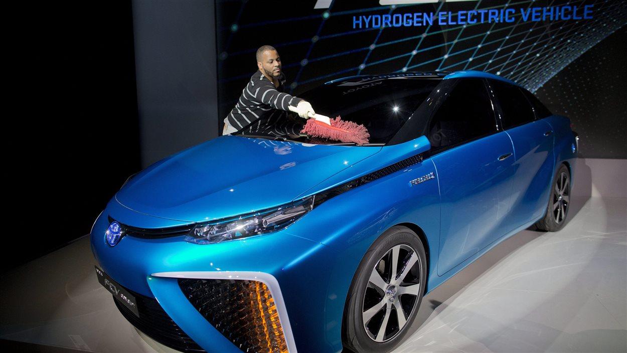 Présentation d'un véhicule à hydrogène de Toyota le lundi 6 janvier 2014, à Las Vegas.