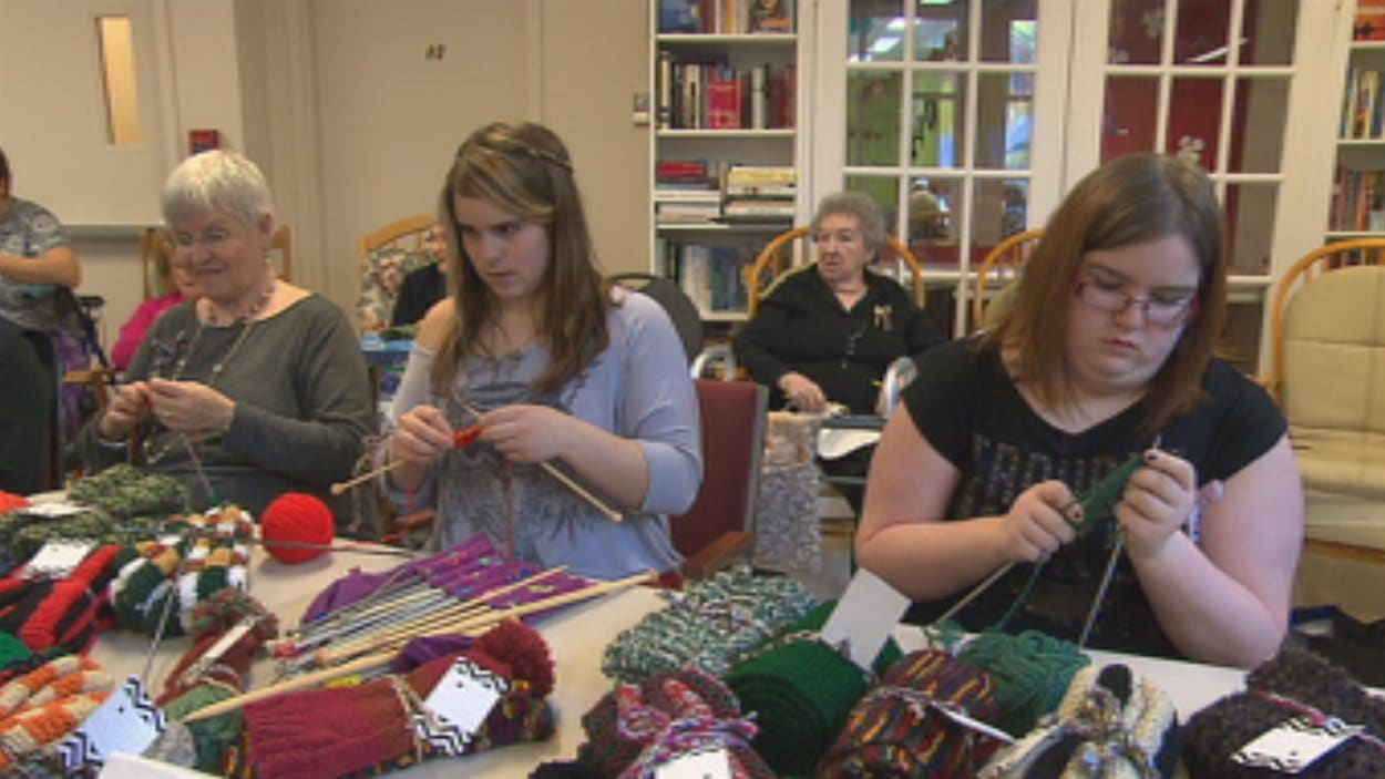 Les tricoteuses se retrouvent une fois par semaine