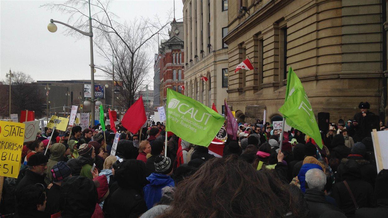 Manifestation à Ottawa pour dénoncer le projet de loi C-51, le 14 mars