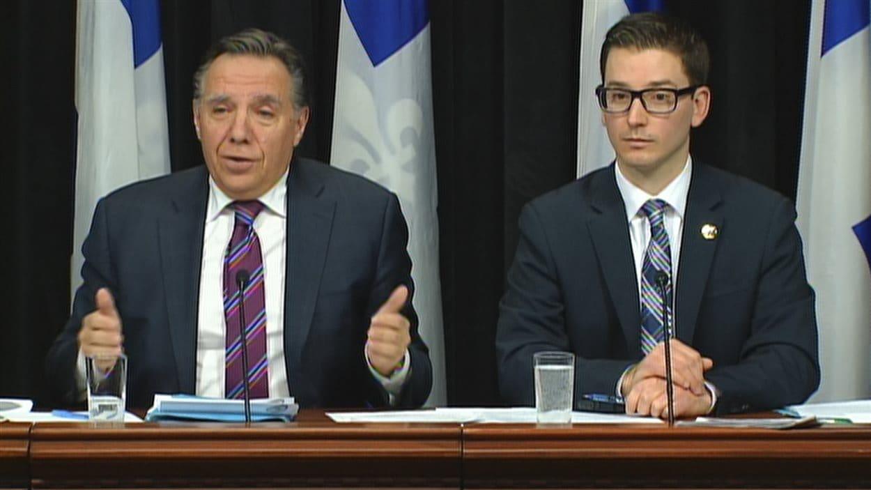 François Legault et le porte-parole de la CAQ en matière d'immigration, Simon Jolin-Barrette