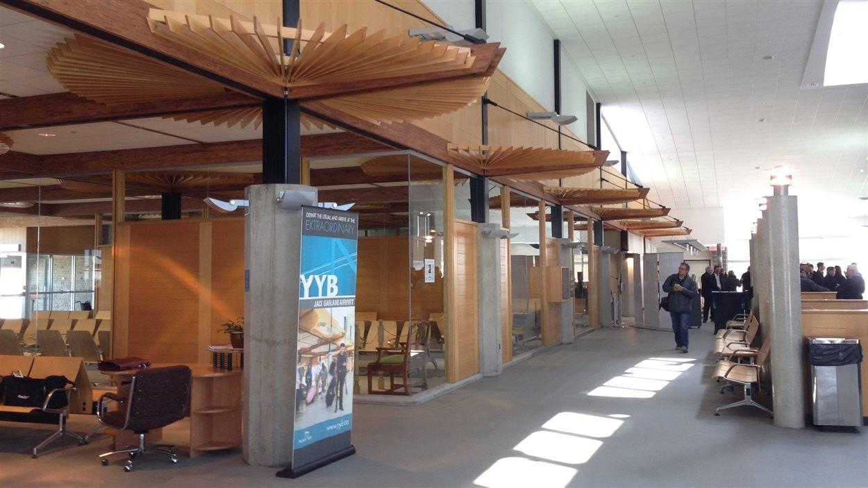 Les rénovations ont coûté 2,2 millions de dollars pour agrandir le terminal de l'aéroport Jack Garland de North Bay.