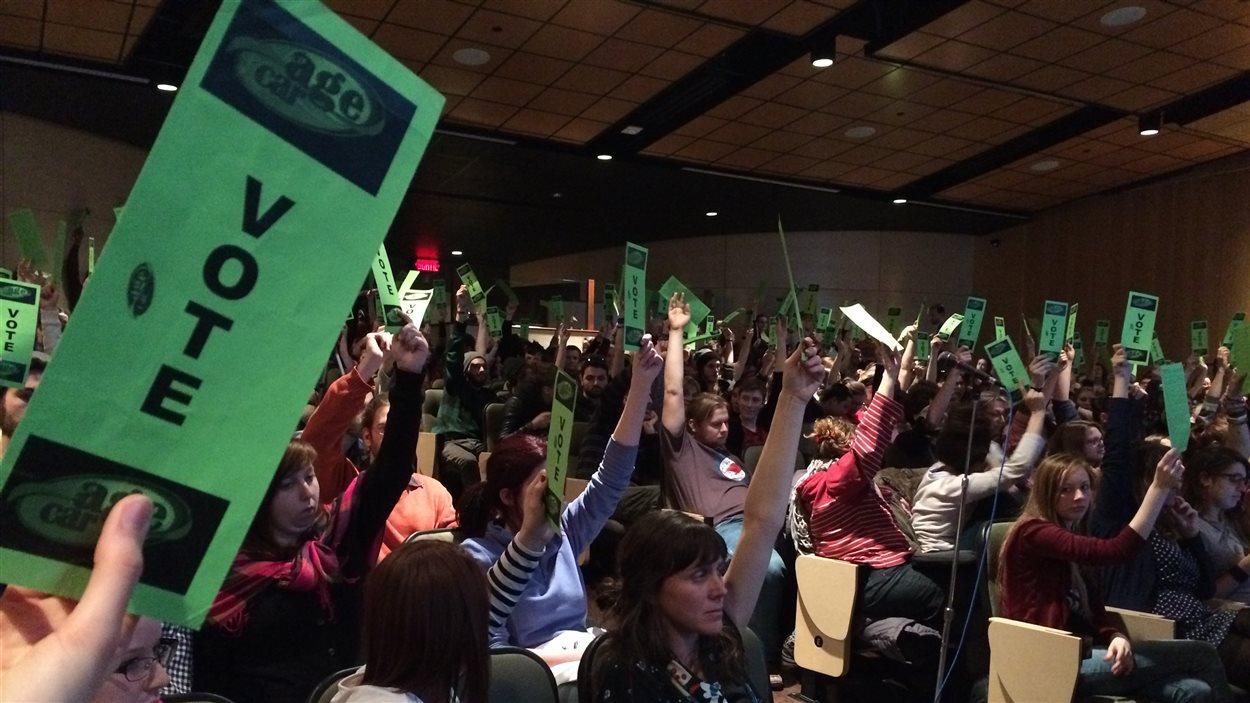 Les étudiants de l'Université du Québec à Rimouski ont voté pour une journée de grève, qui se tiendra le 2 avril.