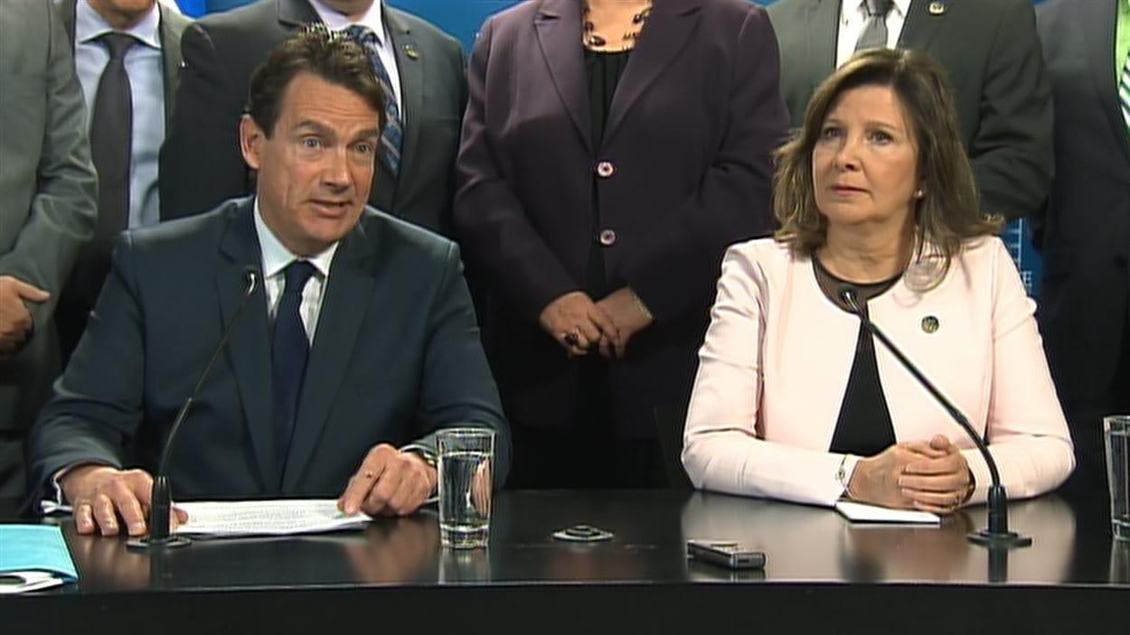 Pierre Karl Péladeau et Diane Lamarre, en conférence de presse jeudi matin.
