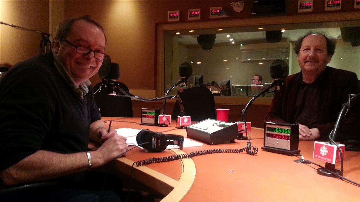 Le sémiologue François Jost de passage à Radio-Canada pour parler de son dernier ouvrage, Les nouveaux méchants.