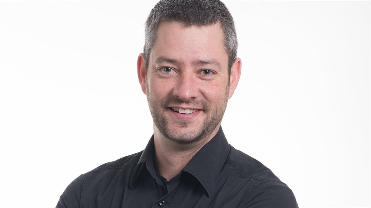 David Chabot, l'animateur de l'émission «Des matins en or» sur ICI Radio-Canada Première en Abitibi-Témiscamingue.