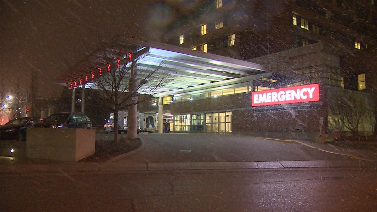 Un patient subira des analyses au Centre des sciences de la santé Sunnybrook de Toronto afin d'écarter tout risque qu'il soit atteint de l'Ebola.