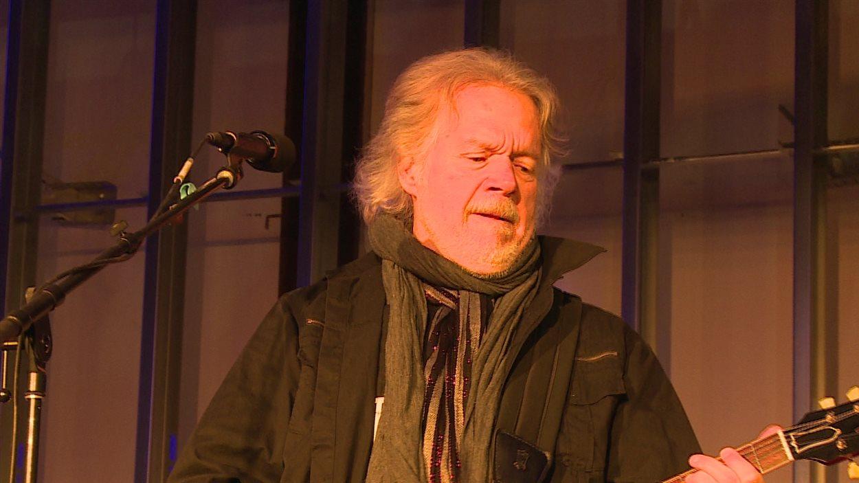 Randy Bachman lors de sa prestation spéciale