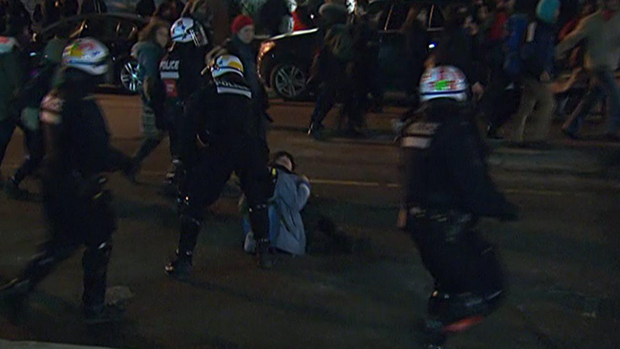 La manifestation a rapidement été déclarée illégale.