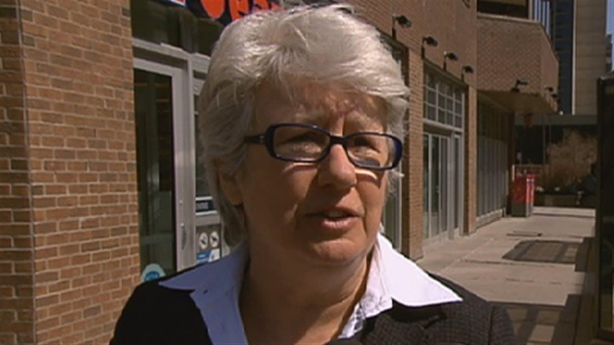 La députée péquiste Agnès Maltais critique le choix de Jocelyne Cazin.