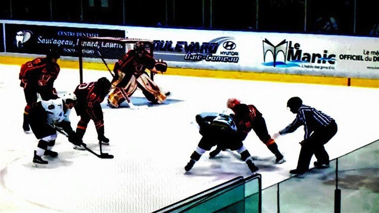 Les Foreurs ont remporté le 4e match de la série qui les oppose au Drakkar, à Baie-Comeau
