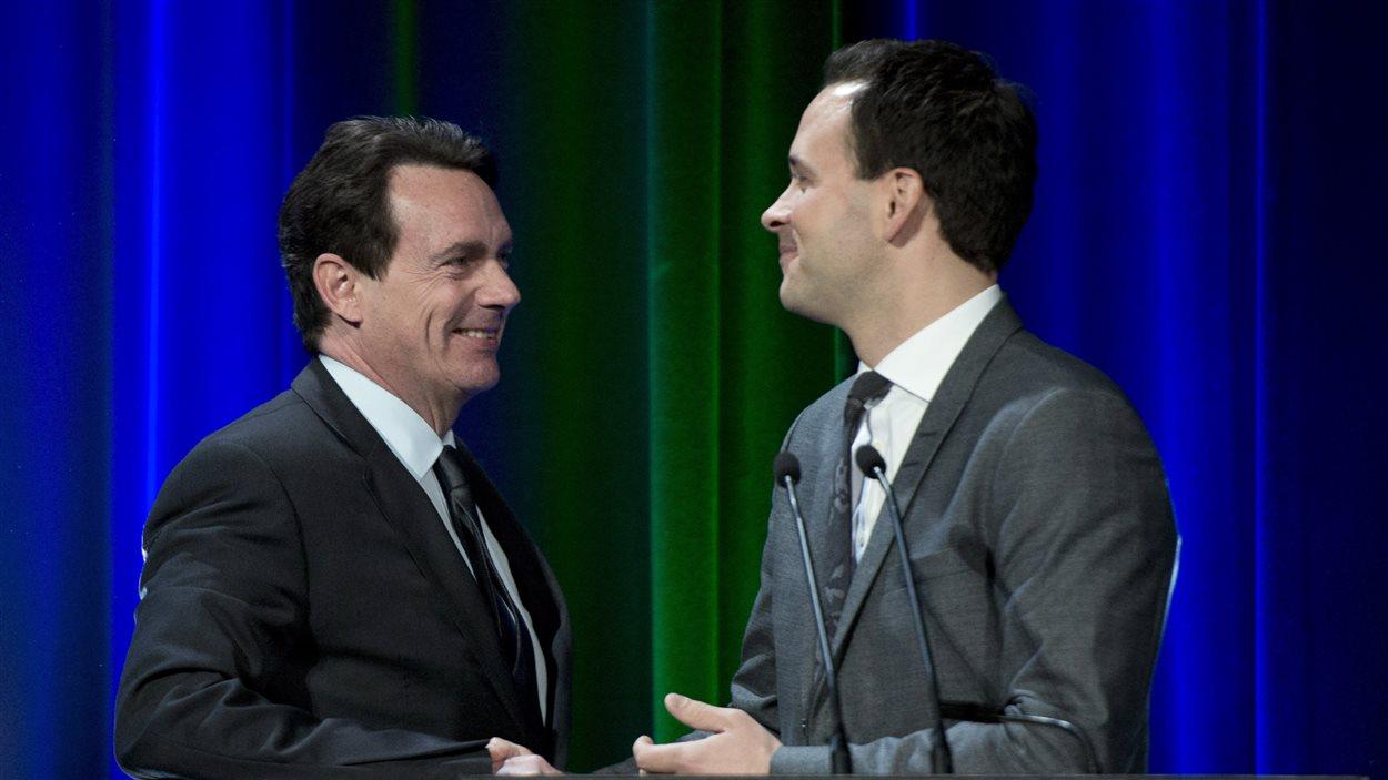 Pierre Karl Péladeau et Alexandre Cloutier lors du débat de Québec pour la direction du PQ