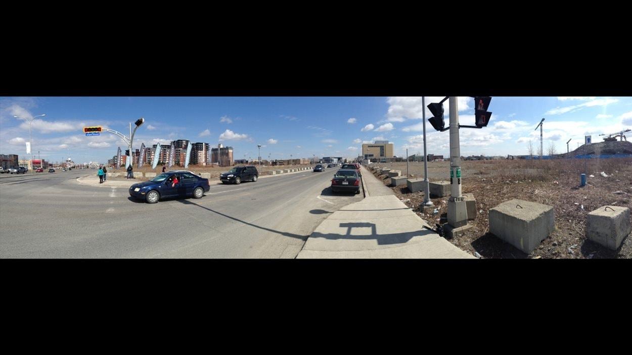 Image panoramique de ce qui risque fort de devenir le véritable centre-ville de Laval.