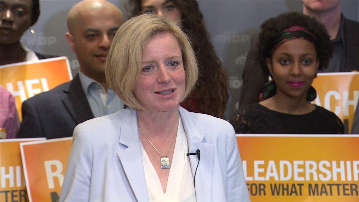 La chef du NPD albertain Rachel Notley lors de la présentation de la plateforme électorale de son parti, dimanche.