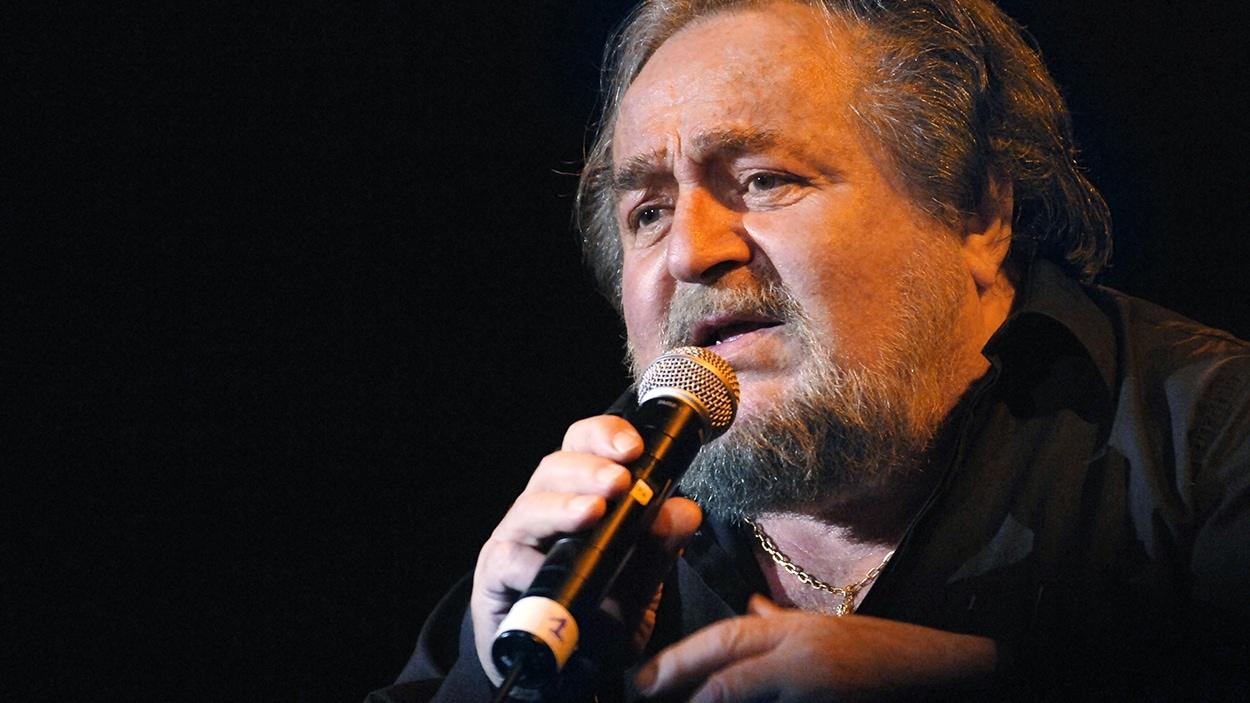 Richard Anthony en concert à Paris en 2006.