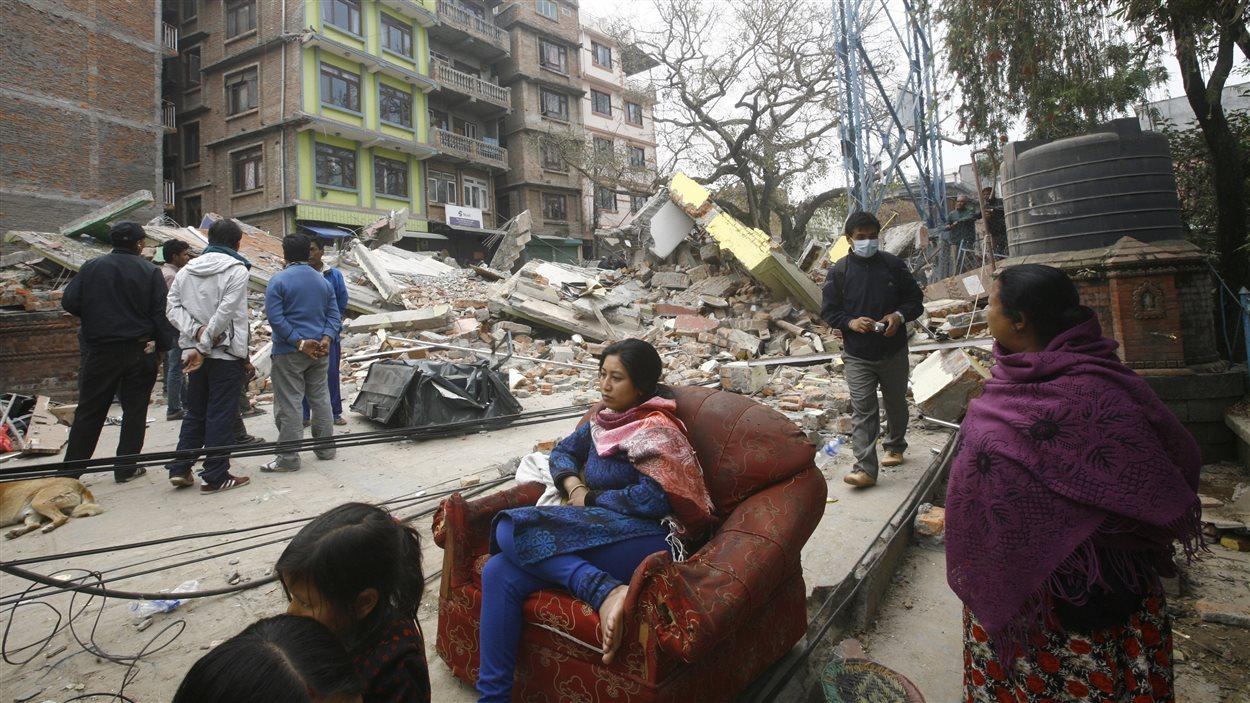 Une rue de Katmandou, au Népal, au lendemain du séisme.