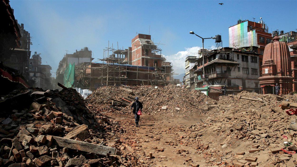 Un quartier de Katmandu, au Népal, en ruines