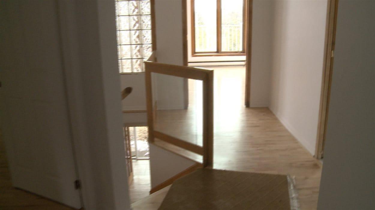Quatre maisons ayant appartenu à la communauté Lev Tahor ont un certain potentiel de vente, selon le courtier immobilier.