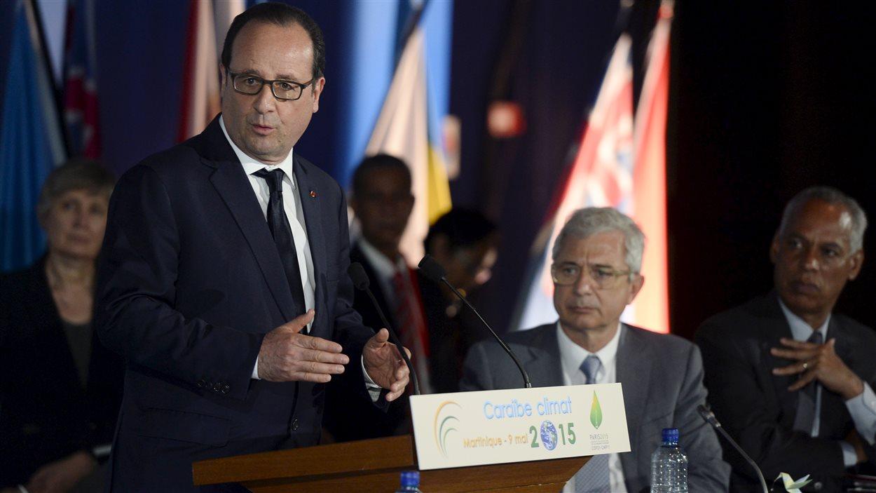 Le président français François Hollande présidait le Sommet Caraïbe Climat 2015 réunissant plus d'une trentaine de délégations des Caraïbes, en Martinique.