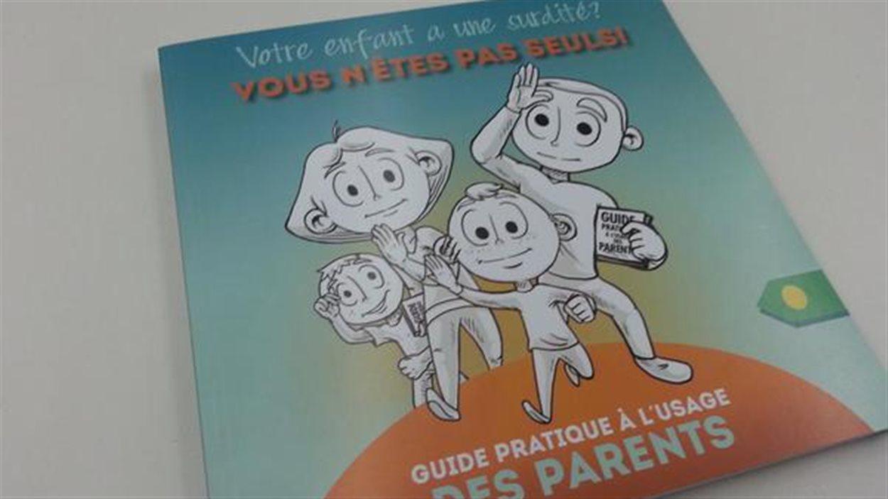 Le nouveau guide pratique «Votre enfant a une surdité? Vous n'êtes pas seuls!»