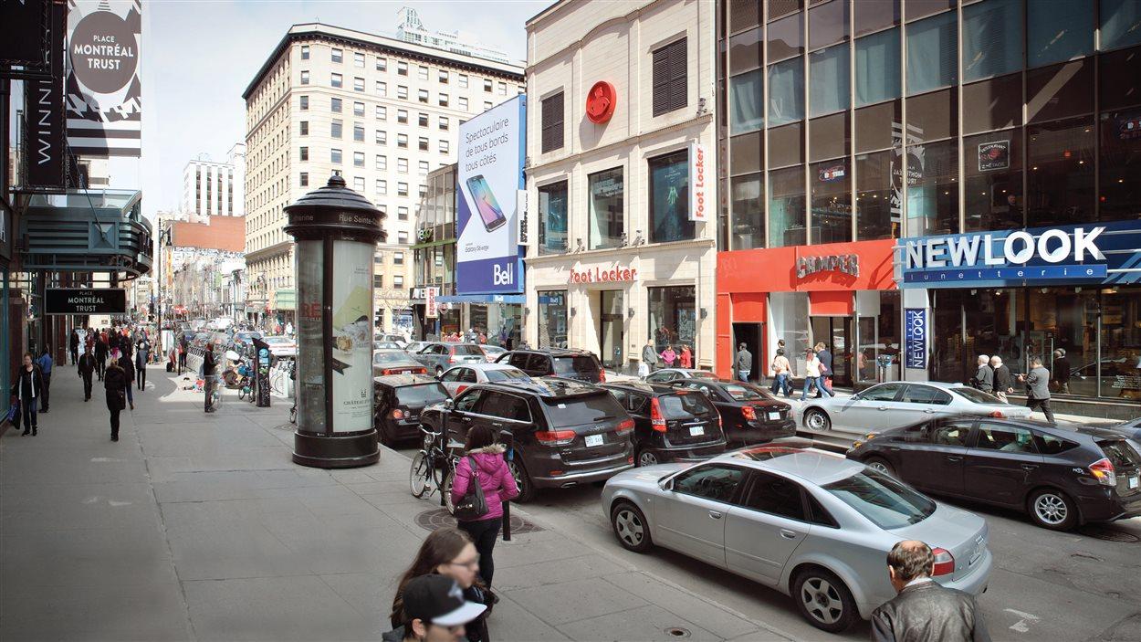 La rue Sainte-Catherine Ouest aujourd'hui, près de la place Montréal Trust