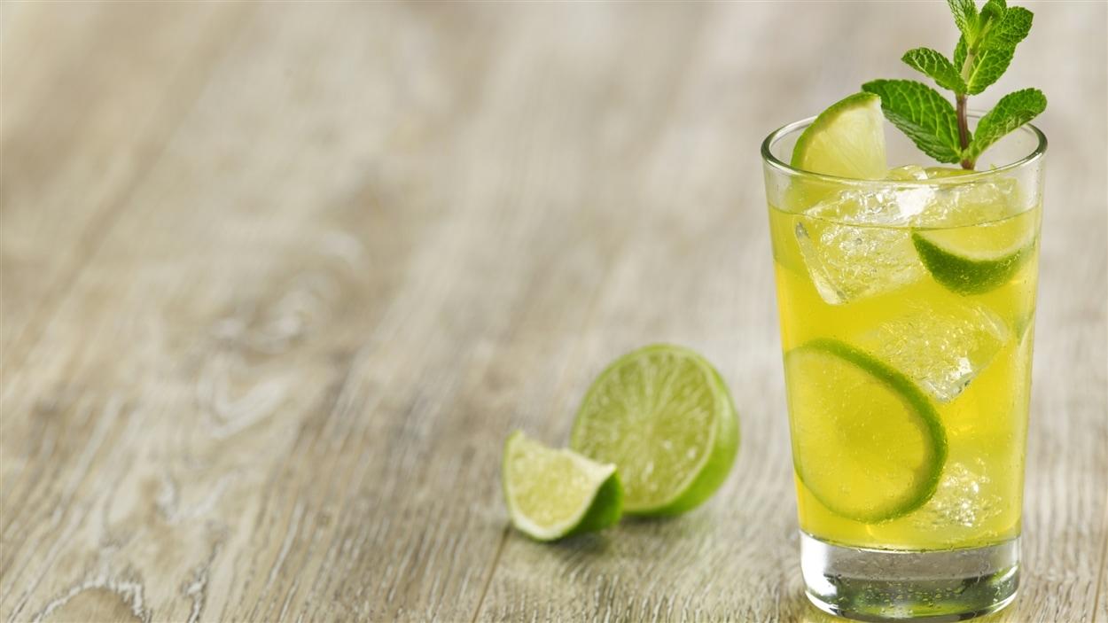 Limonade à la vodka et au pastis