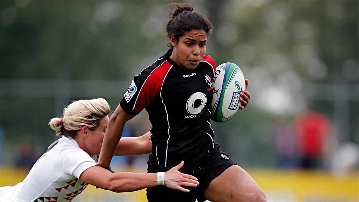 Magali Harvey, du Canada
