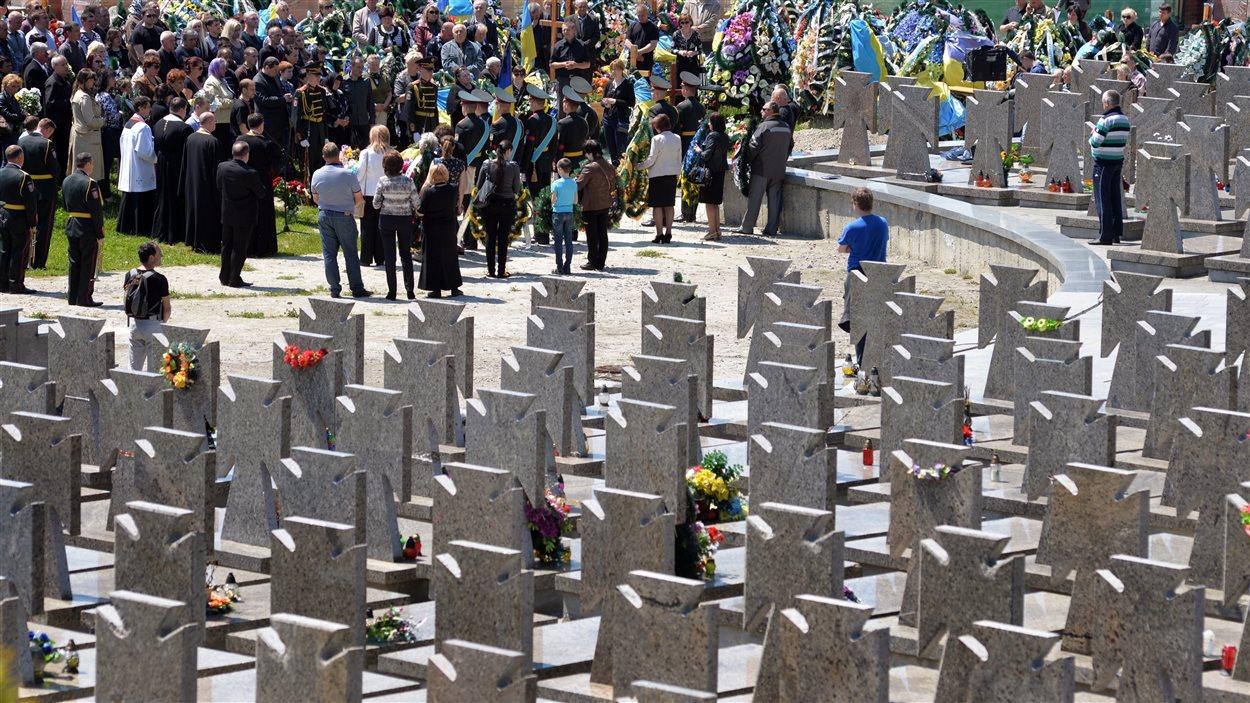 Photo prise le 30 mai dernier, lors des funérailles d'un soldat ukrainien.