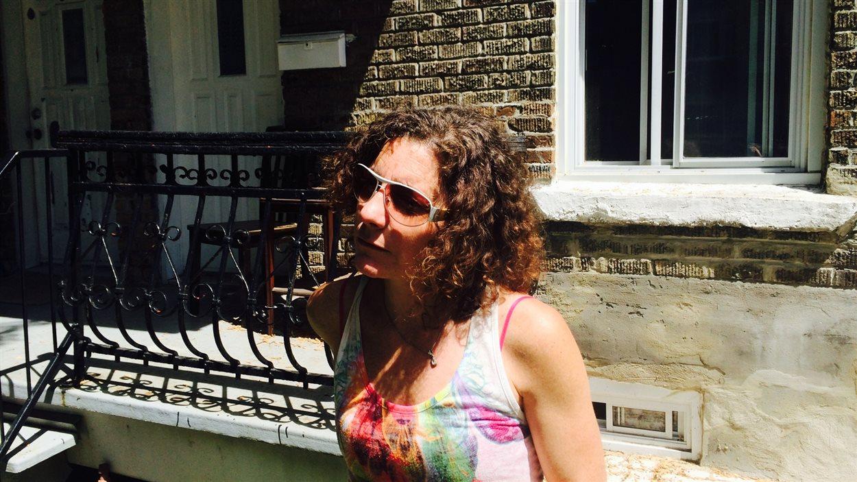 Joyce O'Neill a quitté son logement en mars 2014. Un autre locataire y vit maintenant.