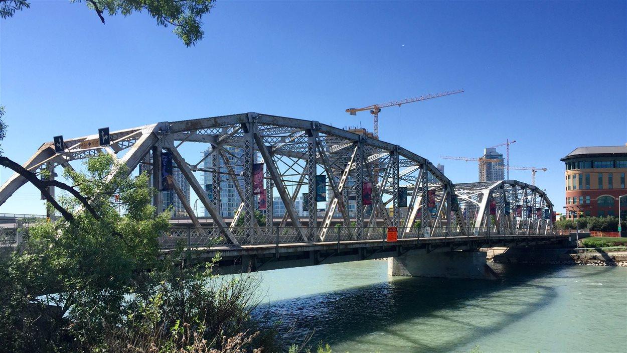 Photo du pont Langevin à Calgary.