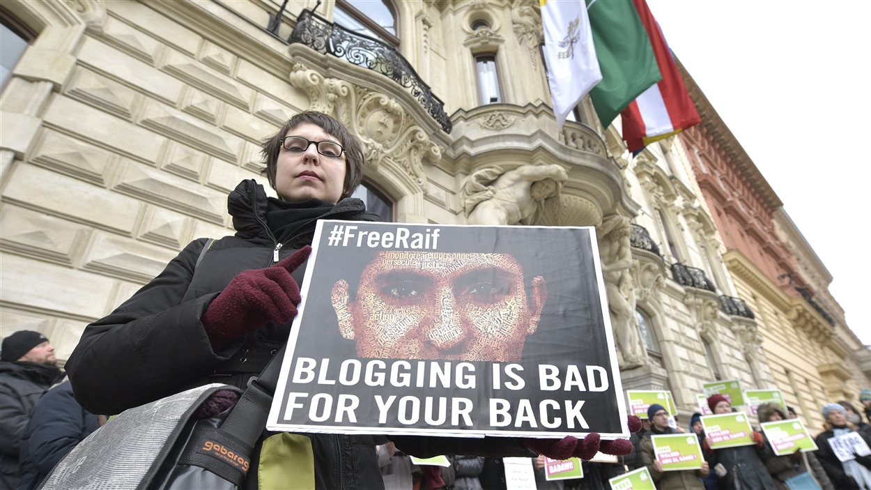 Les Verts autrichiens ont pris la défense de Raif Badawi lors d'une manifestation organisée en février dernier à Vienne.