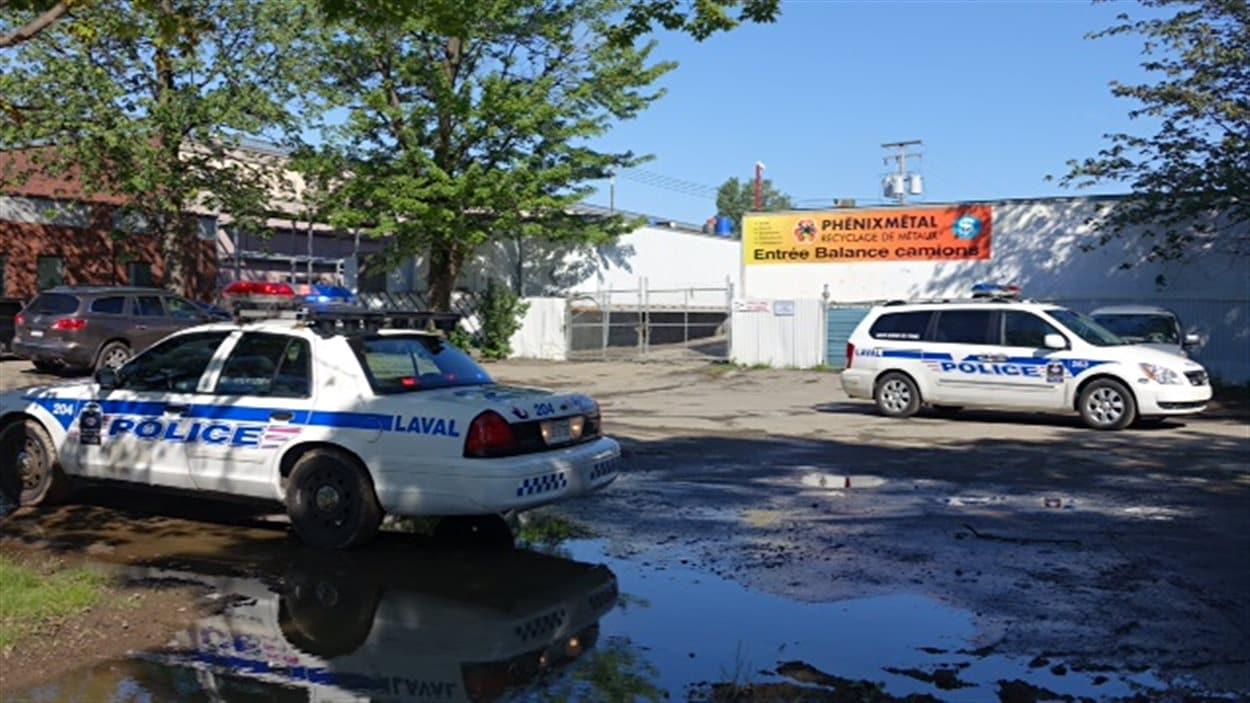 Les voitures volées étaient revendues en pièces ou encore expédiées à l'étranger.