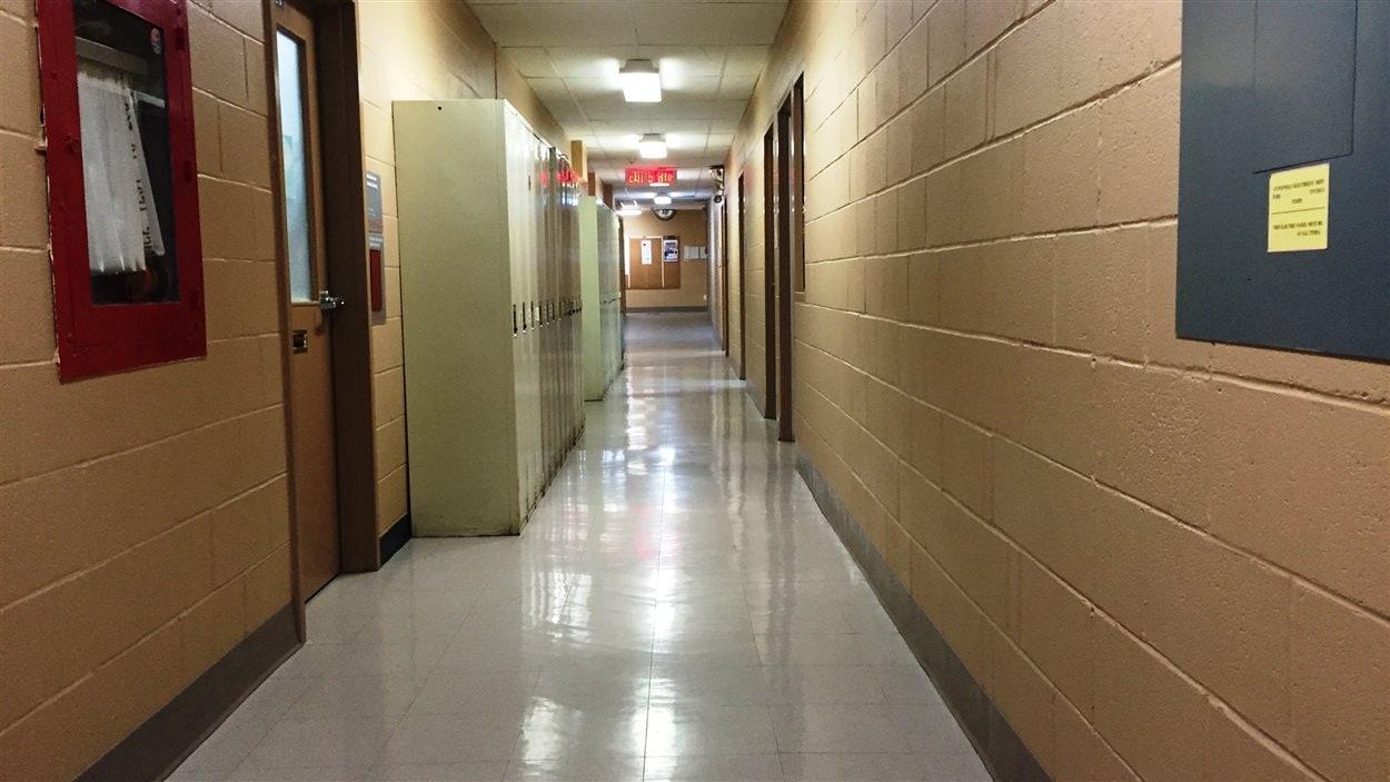 Ce couloir faisait partie d'une salle de quilles, avant que Radio-Canada ne reprenne l'immeuble