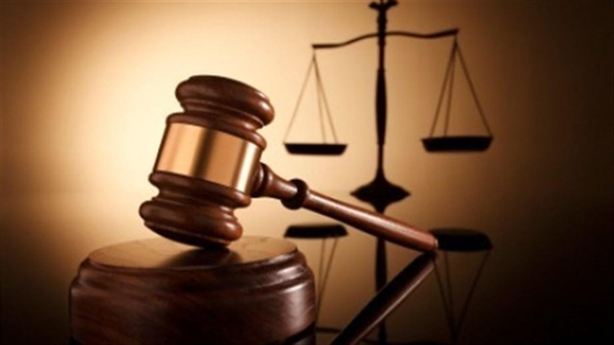 Un jeune d'Ottawa est devant les tribunaux pour avoir effectué des faux appels d'urgence au Canada et aux États-Unis