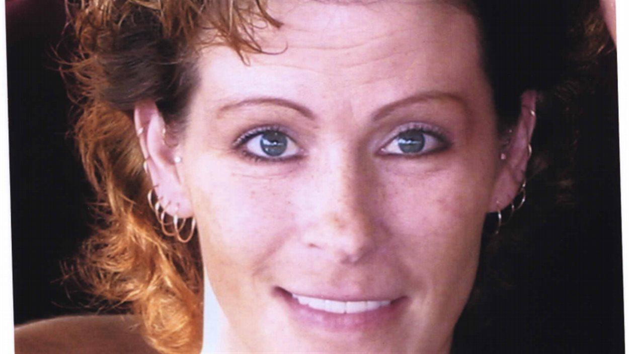 Crystal Taman, dans une photo déposée en preuve à l'enquête publique sur l'enquête policière et les poursuites criminelles menées contre l'agent Derek Harvey-Zenk.