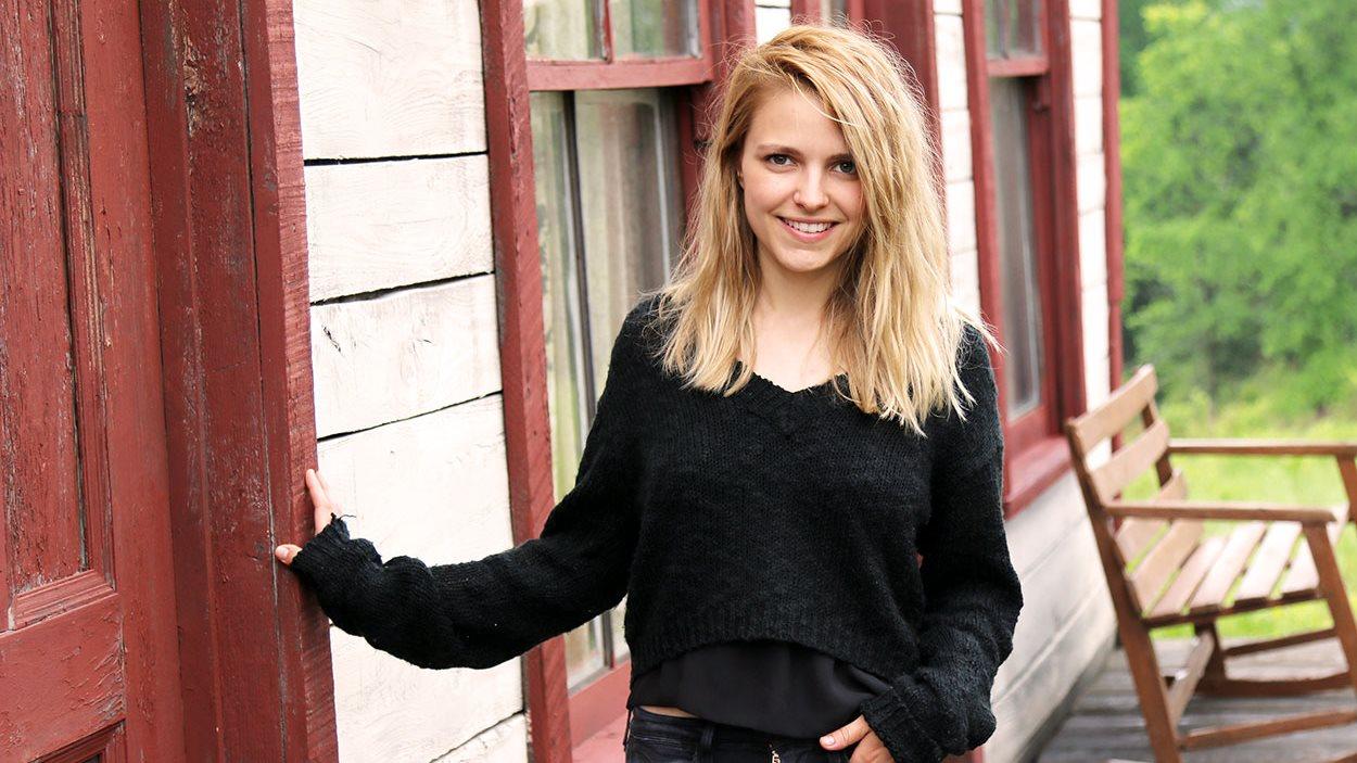 Sarah-Jeanne Labrosse, interprète de Donalda dans Les pays d'en haut