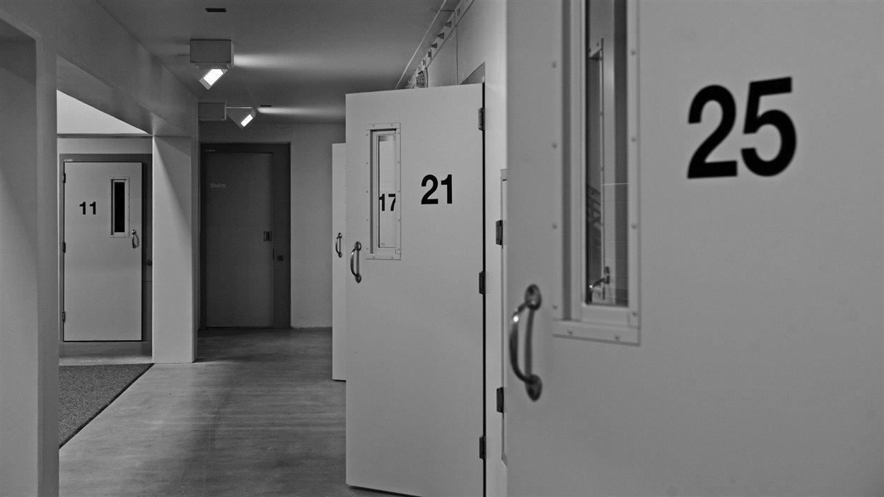 Des cellules de prison