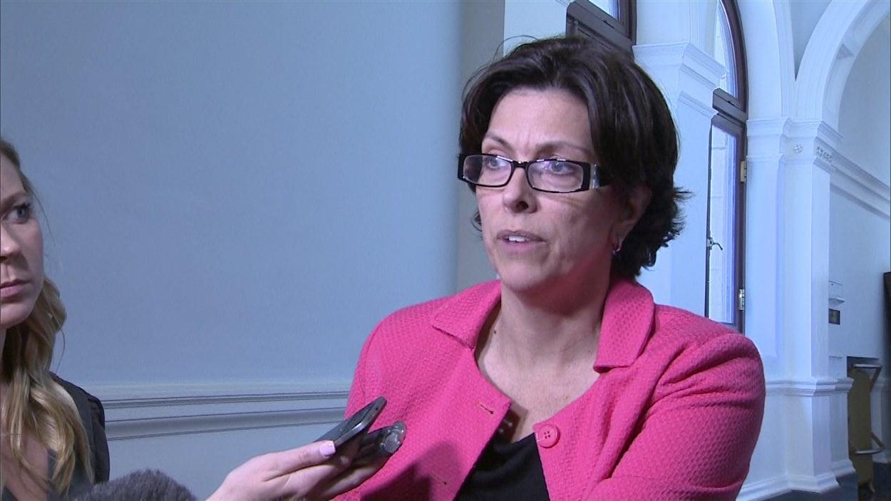 Stephanie Cadieux, la ministre des Enfants et du Développement de la famille de la C.-B.