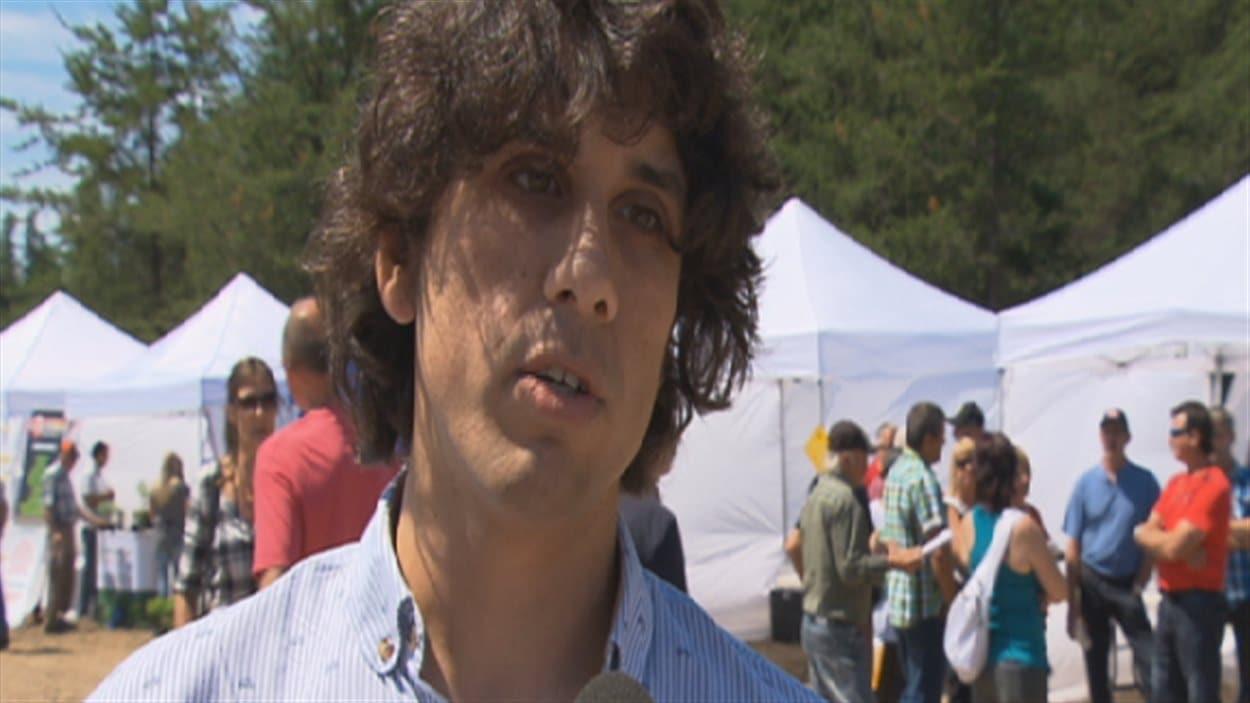 Olivier Dupras-Tessier, le concepteur du site de soutien aux cueilleurs de bleuets
