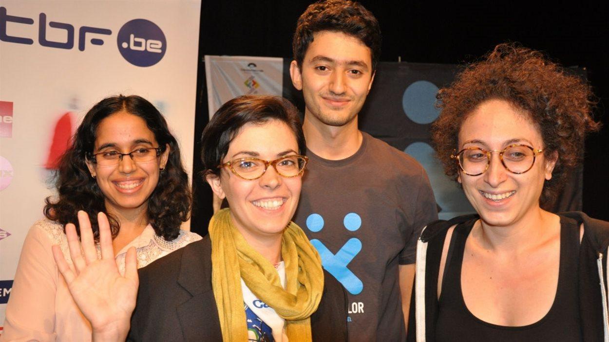 Zoé Fortier et son équipe lors du concours HackXplor 2015, à Liège en Belgique
