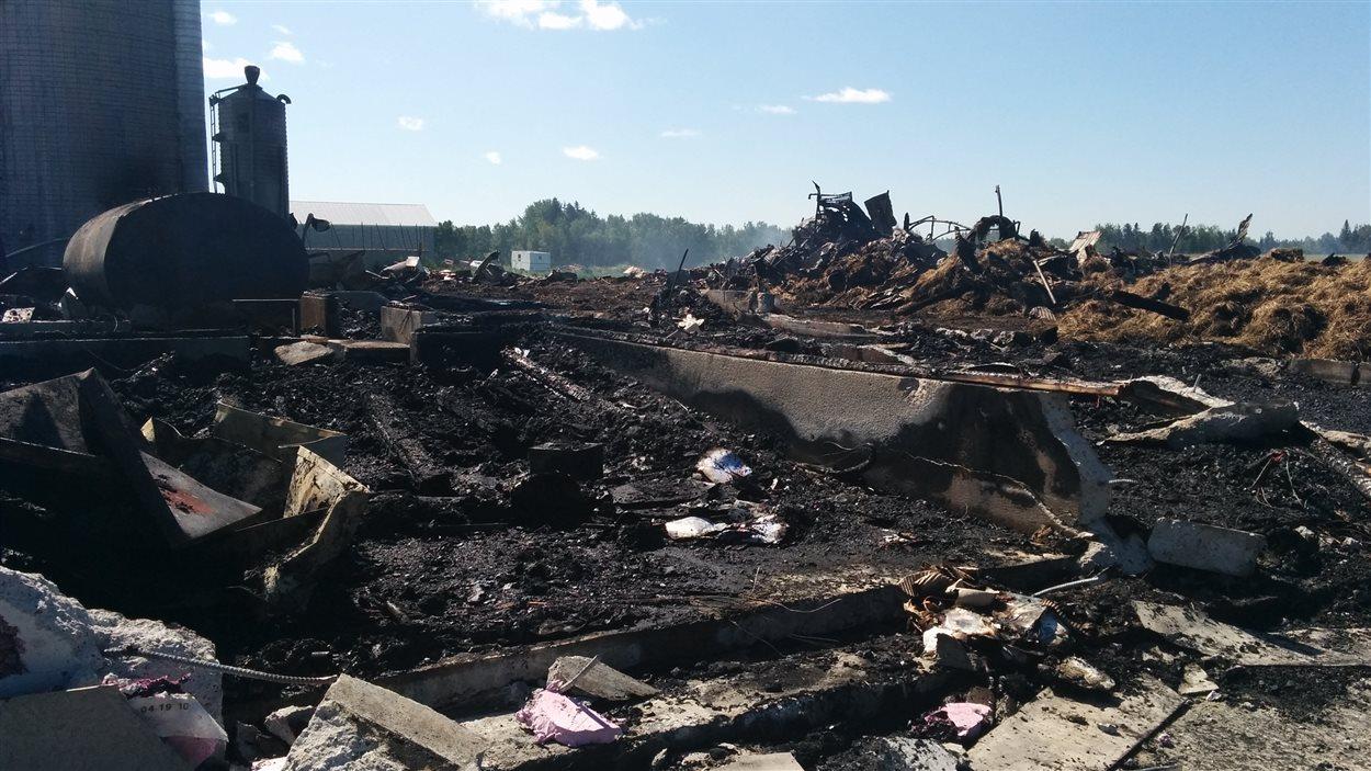 Incendie d'une ferme du rang Nord, à Normandin